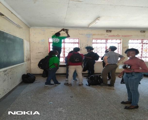 Trainees mounting MicroPEMs at Mukuru slums, Nairobi
